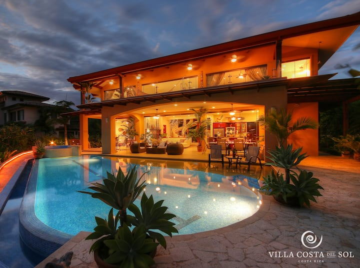 Villa Costa Sol | Ocean View w/Breakfast & Shuttle