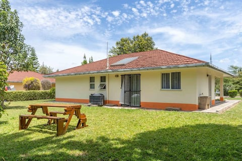 3 bedroom Nani Bungalow- A Cozy and Warm home