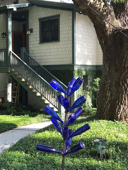 "Blue Bottle tree to keep away the ""haints"""
