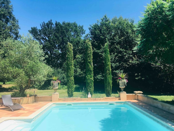 France Beautiful House Pool Wifi