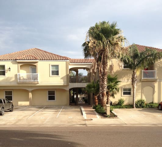 2 Bedroom Condo, Pompano Lovely SPI - South Padre Island - Apartment