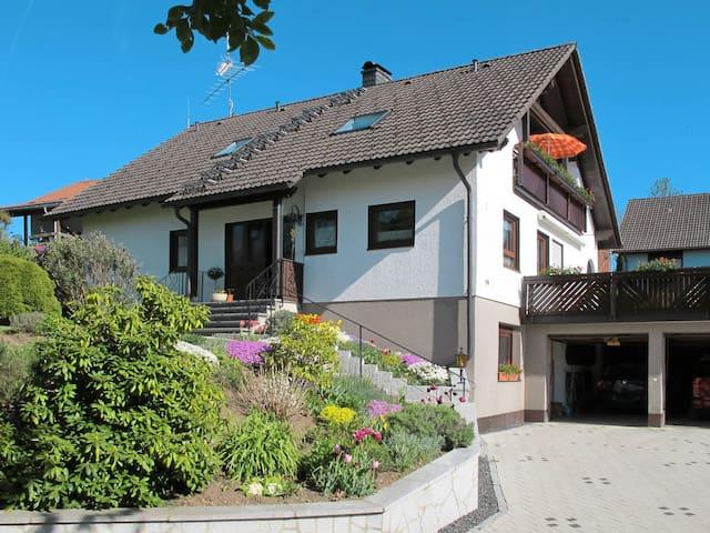 Haus Wartbuck, 2 Zimmer-Wohnung