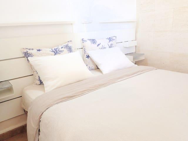 Bedroom 1. Double bed.