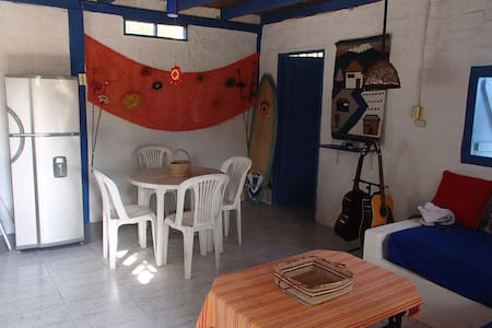 Blue House in Ayampe, by the beach - Ayampe - Casa