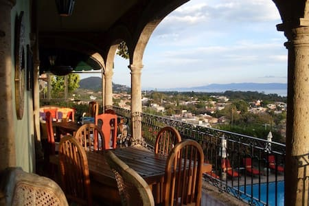 The closest B&B to Heaven~Ajijic - Ajijic - Bed & Breakfast