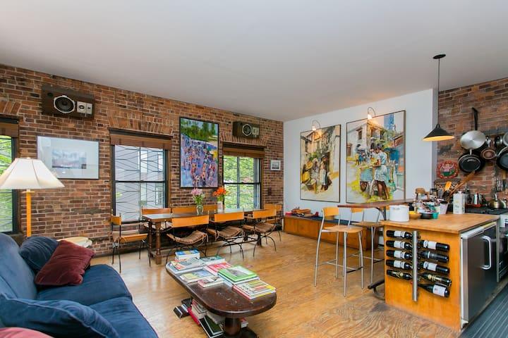 Sunny Williamsburg Artist's Loft