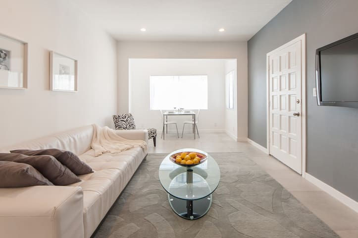 *Beautiful Modern Bright Beach Home in great area* - Marina del Rey, Venice, Los Angeles - Appartement