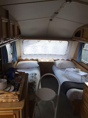 Sapphire's Sheppey Caravan near Beach