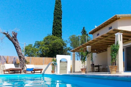 Villa Zoe: Luxury And Private Pool - Agios Prokopios - Villa