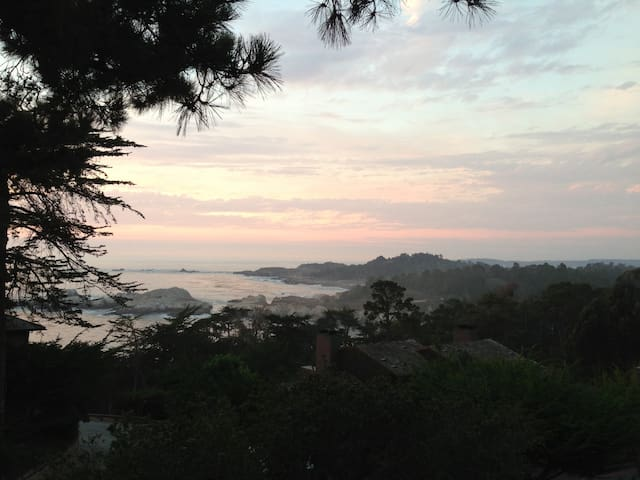Carmel Highlands Inn
