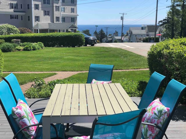 Ogunquit-Ocean views from this Condo.
