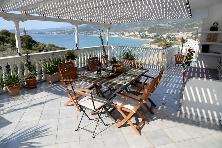 Penthouse Olivanda /luxury flat/1 min to the beach