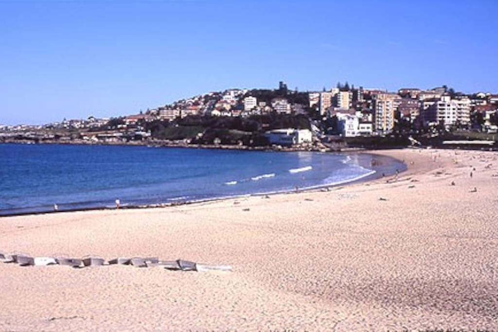 Coogee Beach with-in 5 mins walk