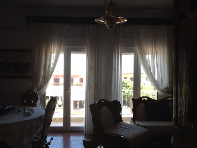 Traditional House in the heart of the village! - Kriopigi - Semesterboende