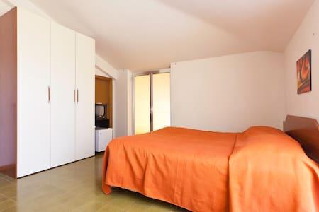 VILLA GIADA - 3 Beds Room - Ginosa - Bed & Breakfast