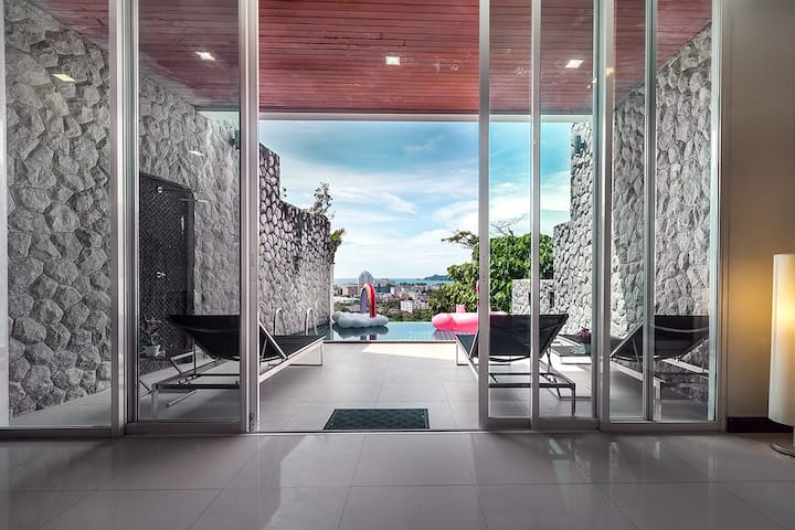 Patong Villa No.1   Private Pool&Seaview