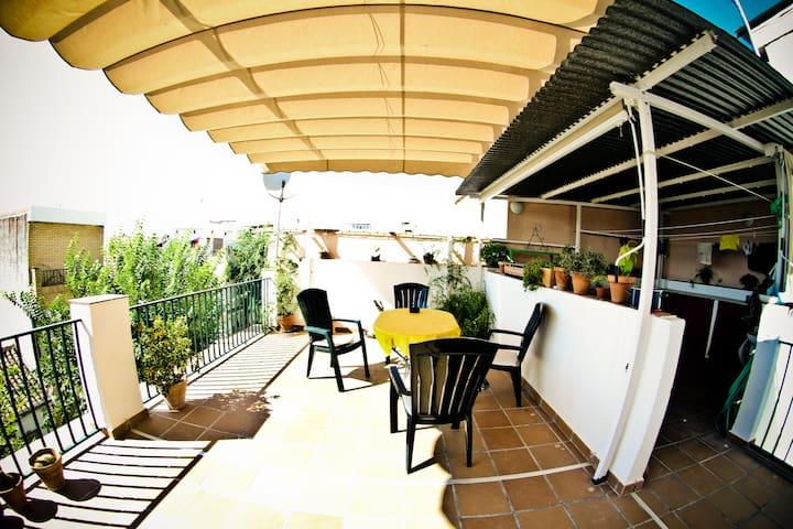 Nice and quiet rooms in Albayzin  - Granada - Bed & Breakfast