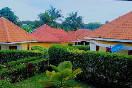 Bigambo cottages