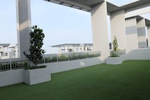 Green roof @ level 40th