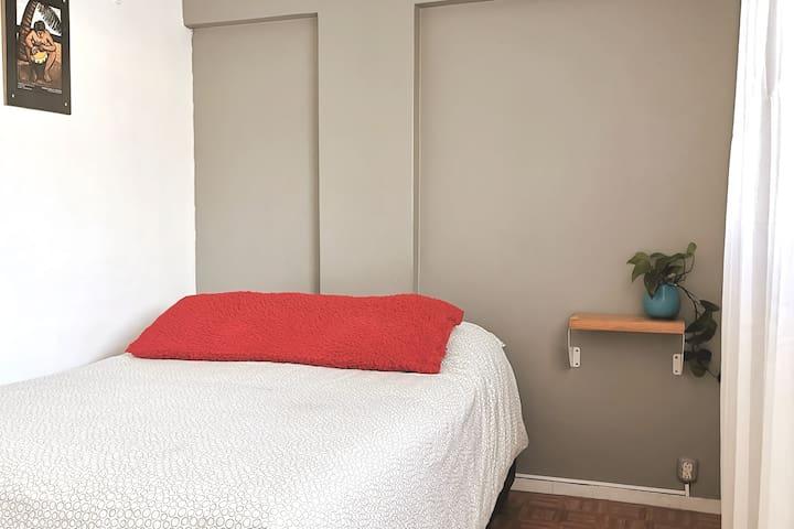 Habitación y baño privado @ Zona Financiera