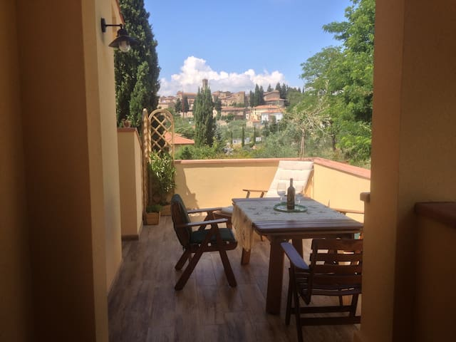 Apartment with View heart Chianti ! - Barberino Val D'Elsa - Apartemen