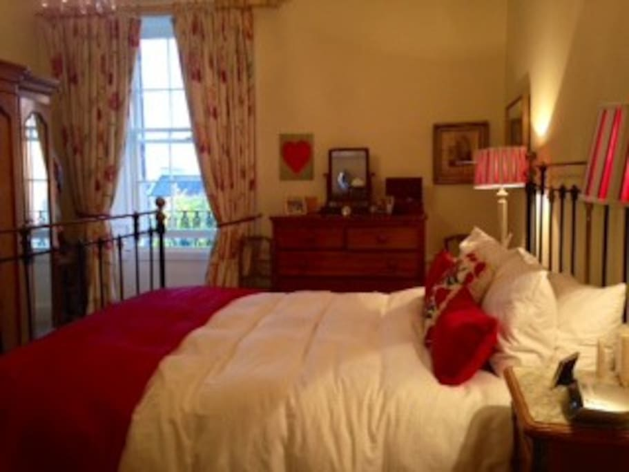 double bedroom and ensuite