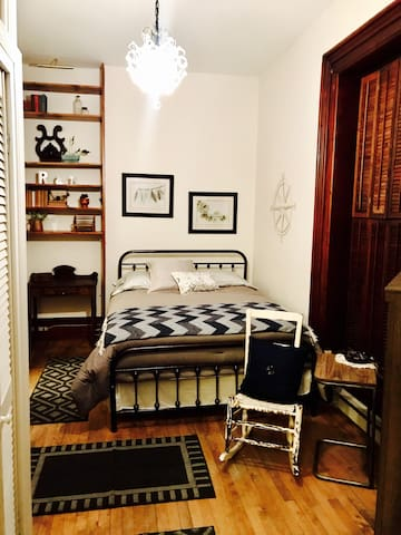 Fully Furnished Apartment in Historic Mansion