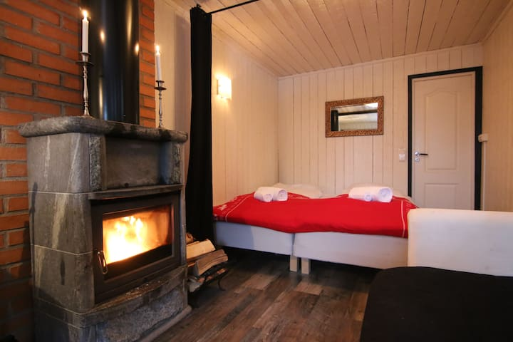 Wilderness Suite (right)