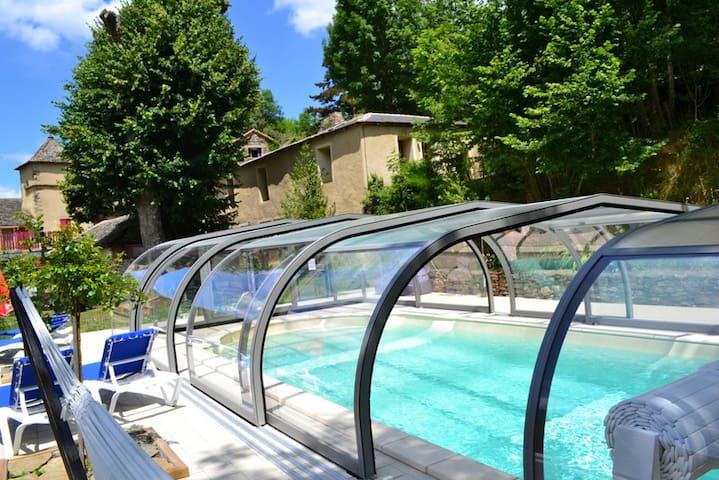 location gite dans les Cevennes - Saint-Julien-d'Arpaon - Apartemen