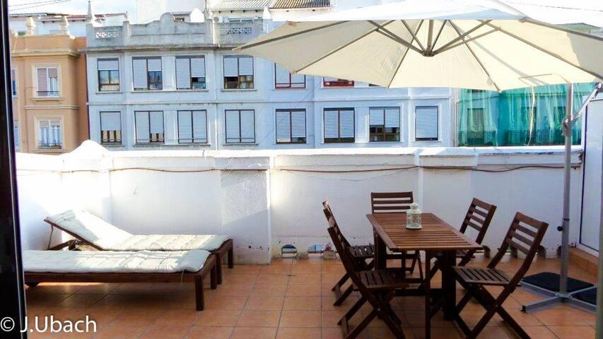 Apartamento doble con terraza +Wifi - Valencia - Leilighet