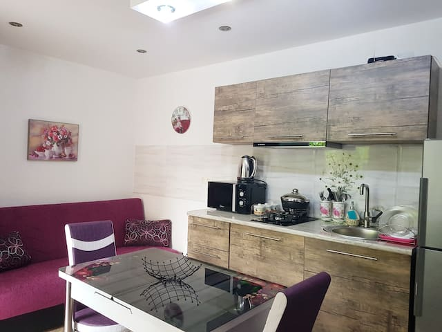 ☆Comfortable House in The City Center☆Free Parking
