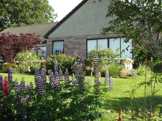 b&b close to Glamis Castle  - Glamis