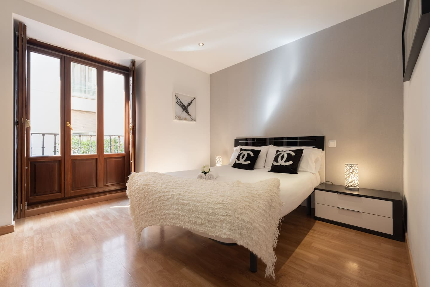 Habitacion con cama doble/Room with double bed