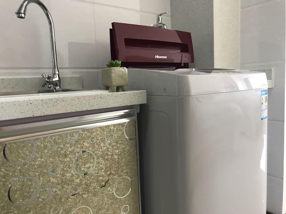 客栈配有全自动洗衣机,让您的旅途更洁净。