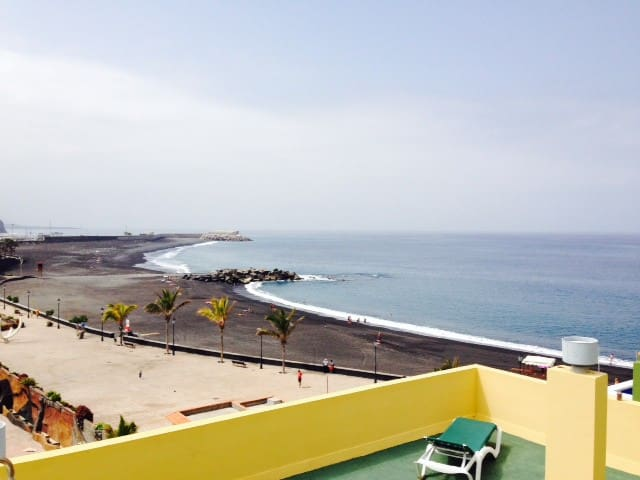 Sea View Apartment plus beach - Tazacorte - Apartment