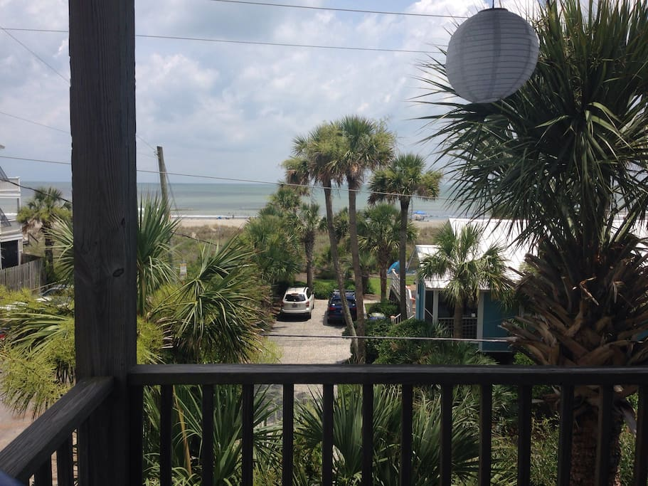 amazing ocean view apartments for rent in folly beach south carolina united states. Black Bedroom Furniture Sets. Home Design Ideas