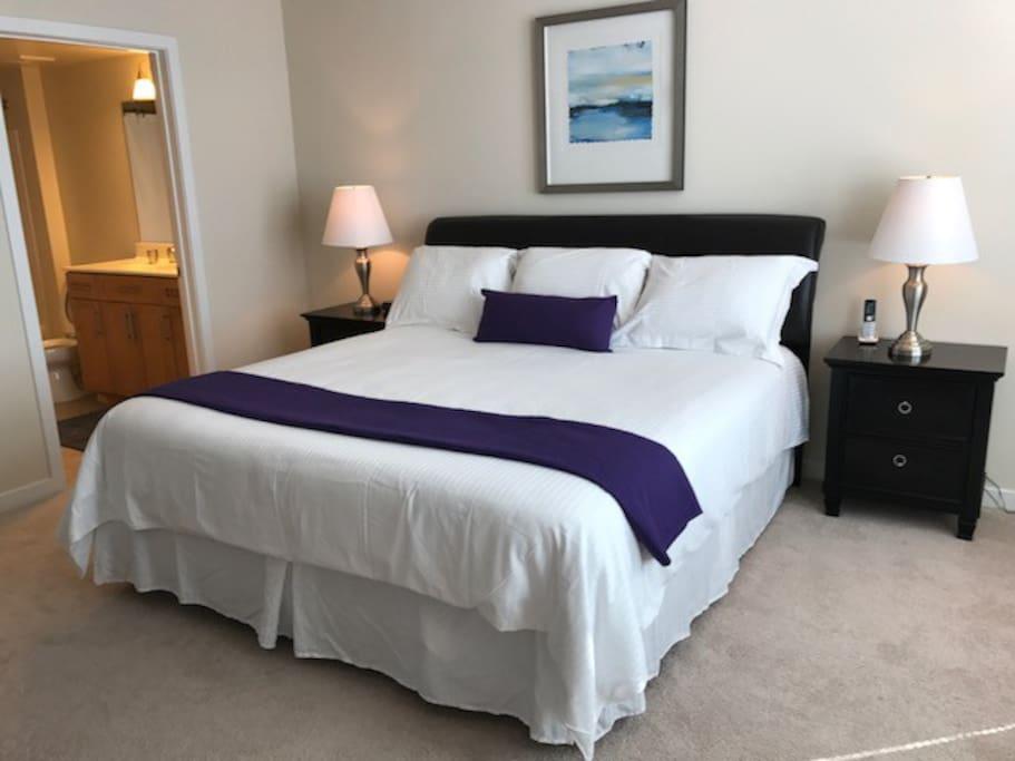 King bed in each master bedroom.