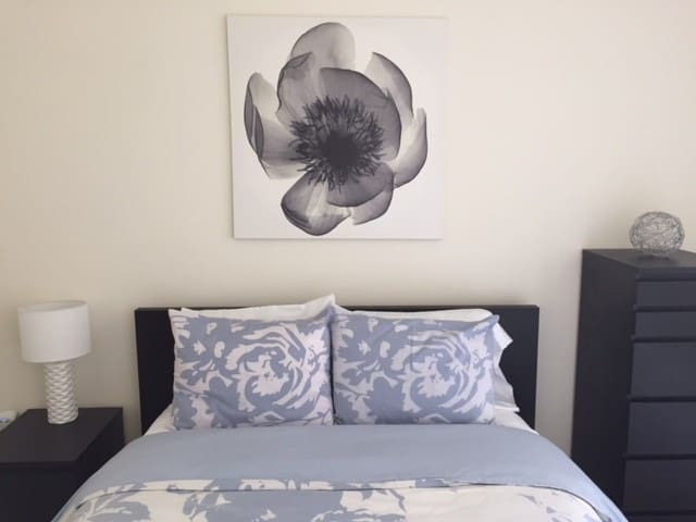Comfortable Private Bedroom with Modern Amenities - Oakland - Condominio