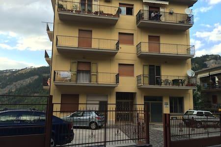 MINI APPARTAMENTO CON PARCHEGGIO INTERNO - 3 POSTI - Caramanico Terme