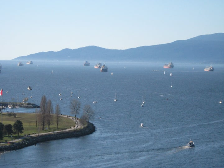 English Bay Million $ $$Ocean View in DT Vancouver