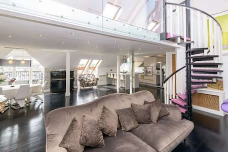 1,800 sq ft, Luxury Penthouse near all amenities. - Malahide