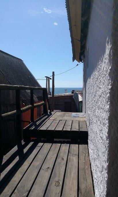 Deck lateral y entrada