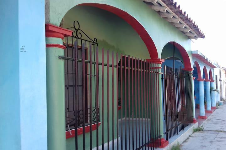 Amplia casa en tlacotalpan para vacacionar - Tlacotalpan - Huis