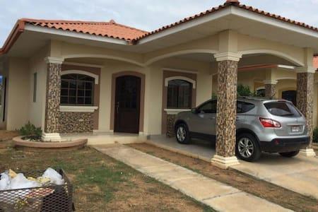 Casa Nueva Amoblada - Chitré
