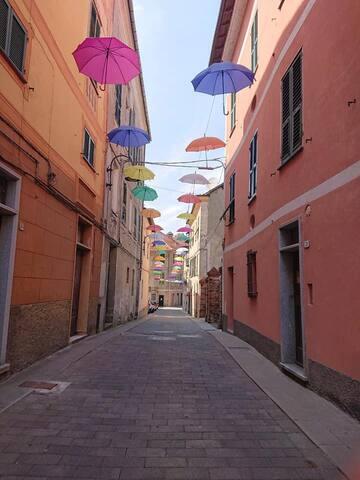 Trionfo di colori per Rossiglione . Canta caruggio 22-23 giugno