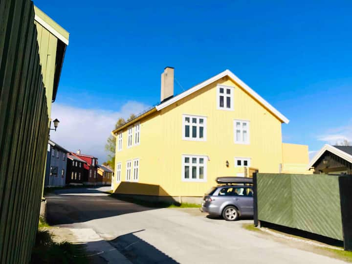 Lovely home in the heart of Røros