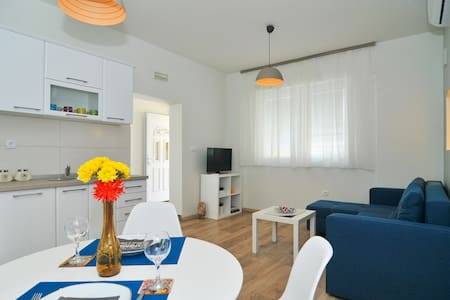 Brand New Sea Style Apartment - Tivat