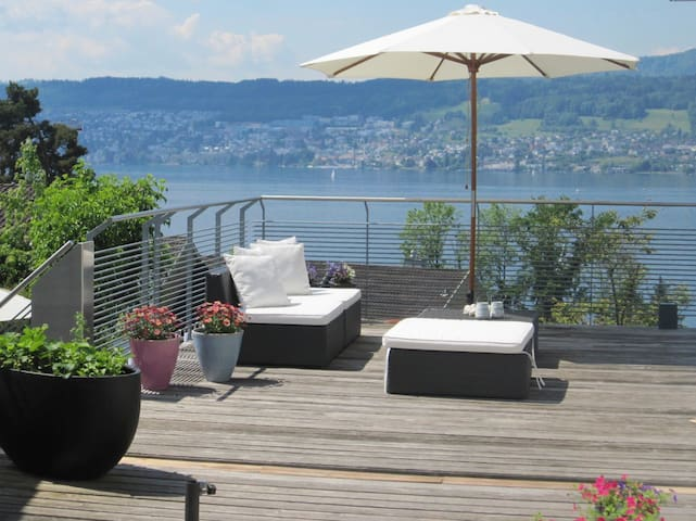 Exclusive Zürich Villa with spectacular Lakeview - Herrliberg - House