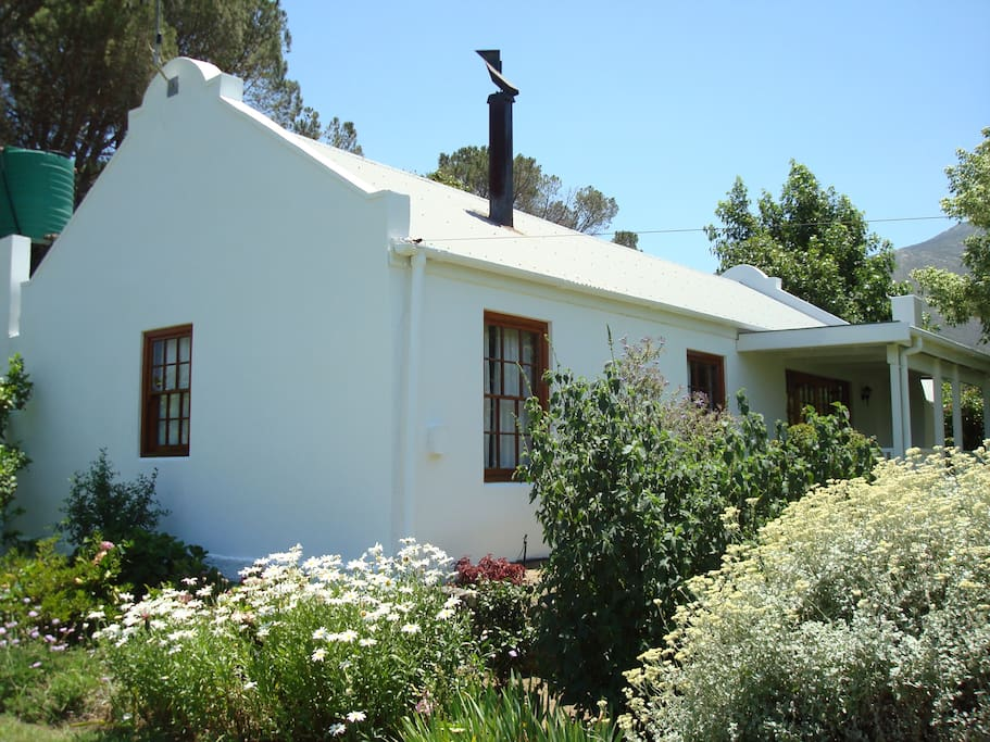 berry cottage h user zur miete in franschhoek westkap s dafrika. Black Bedroom Furniture Sets. Home Design Ideas
