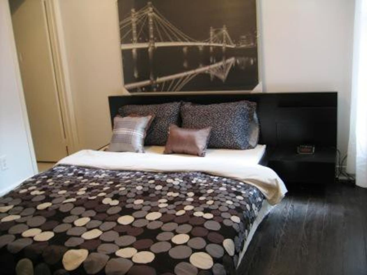 Furnished Downtown Studio Suite 2